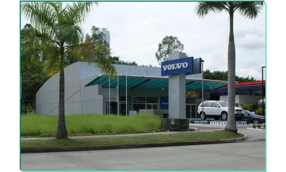 Plaza Volvo 2 thumbnail