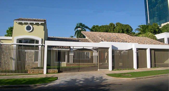 Residencia Crespo-Pedreshi